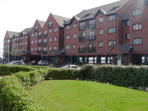 2 bed flat to rent in South Ferry Quay, Liverpool