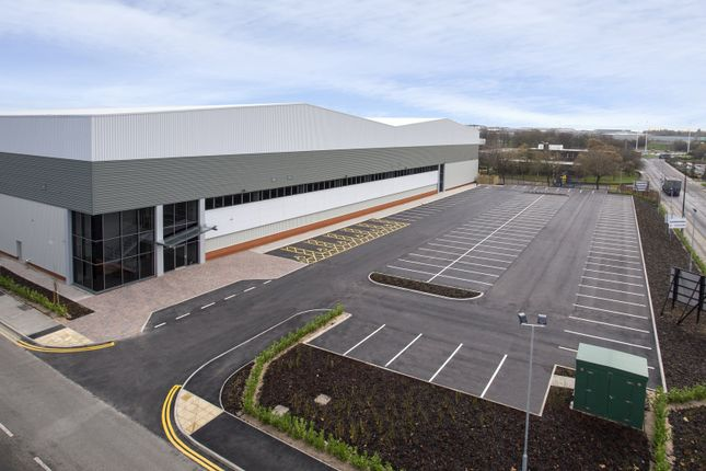 Thumbnail Industrial for sale in Tri-Link 140, Wakefield Europort, Castleford