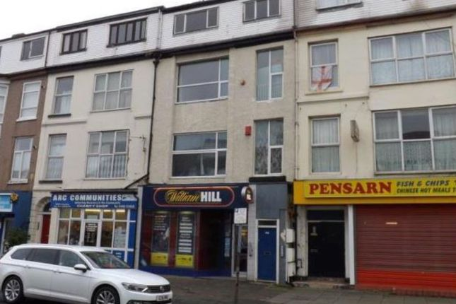 Thumbnail Flat for sale in Marine Road, Abergele