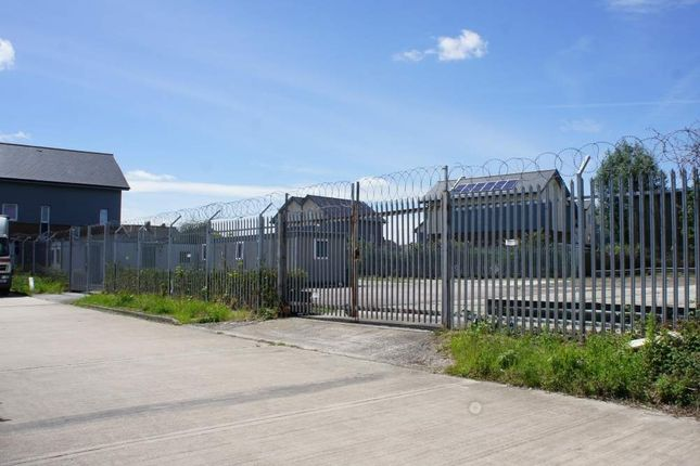 Thumbnail Land to let in Oppenheimer Centre, Swindon, Wiltshire