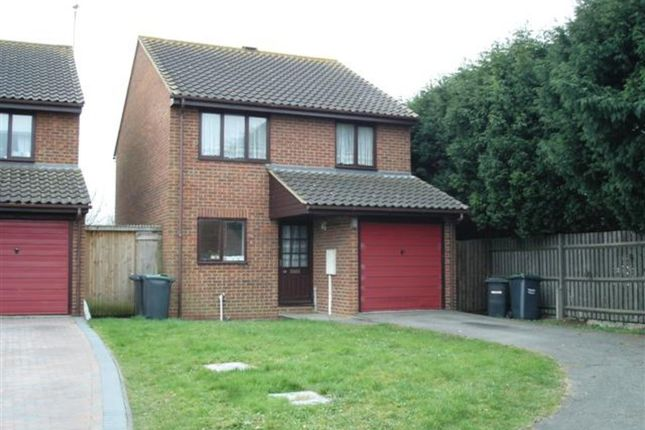 Thumbnail Detached house to rent in 3 Bed Detached House, Rectory Close, Wouldham, Rochester