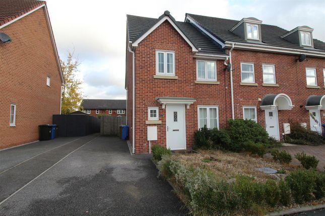 Thumbnail Property to rent in Leighton Avenue, Middleton, Manchester