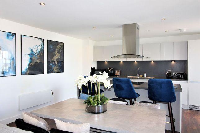 Thumbnail Flat to rent in 11.06 Wilburn Basin, Salford
