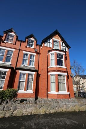 Thumbnail Flat to rent in Lawson Road, Colwyn Bay