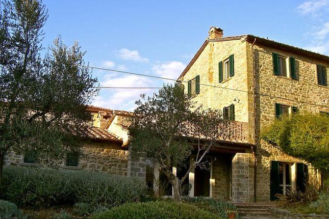 Exterior of Casa Porto, Tuoro Sul Trasimeno, Umbria