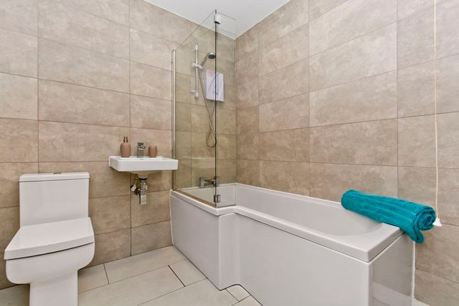 Bathroom of West Bell Street, Dundee DD1