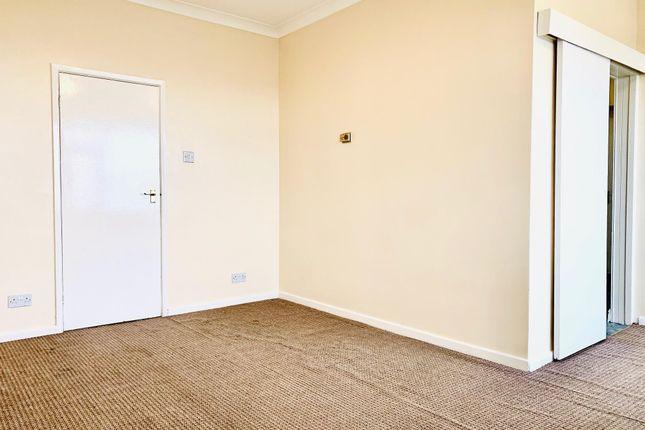 Living Room of Hillside Avenue, Lincoln LN2