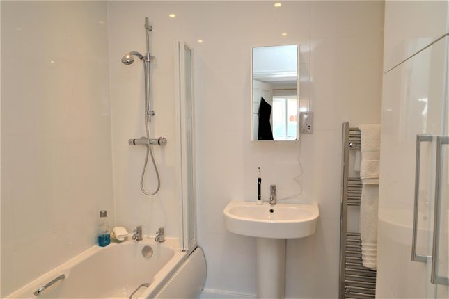 Annex Bathroom of Fiskerton Road, Reepham, Lincoln LN3