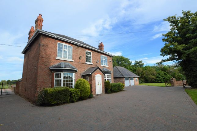 Thumbnail Detached house to rent in Parkgate Road, Woodbank, Chester