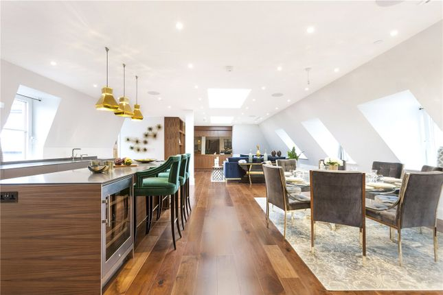 Thumbnail Flat to rent in The Charles, Strand, London