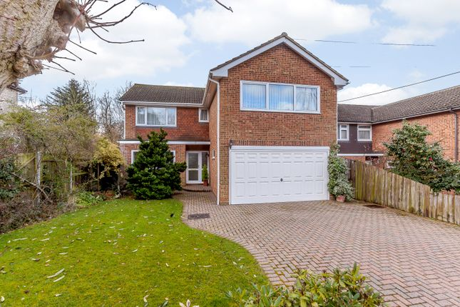 4 bed detached house for sale in Cromwell Avenue, Billericay