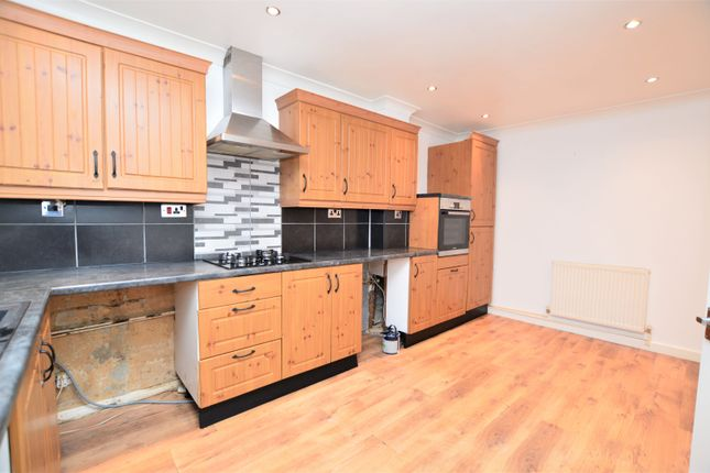 Thumbnail Terraced house to rent in William Avenue, Margate