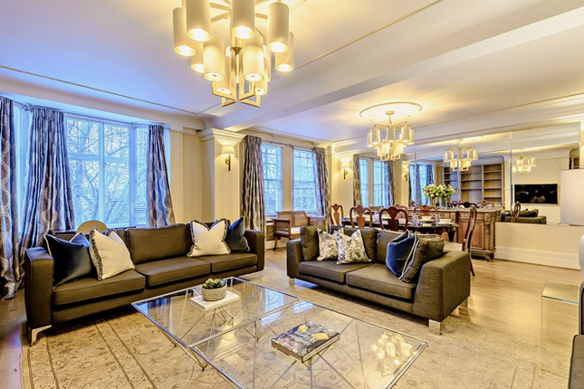 4 bed flat to rent in Strathmore Court, Regent's Park, London NW8