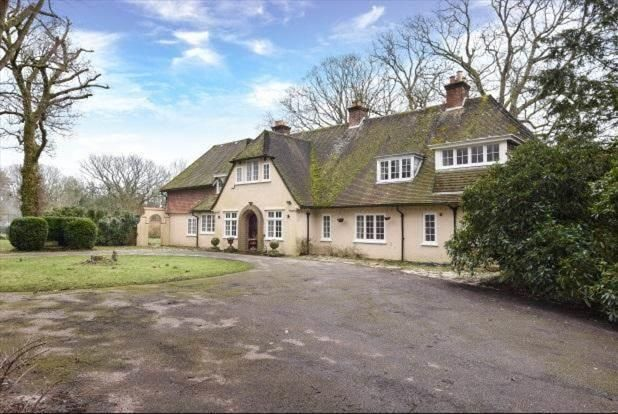 Thumbnail Country house to rent in Holmsley Road, New Milton