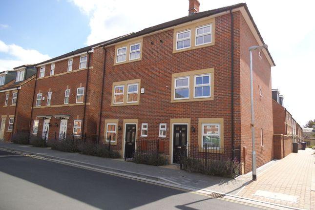 Thumbnail Town house to rent in St James Gardens, Trowbridge, Trowbridge, Wiltshire