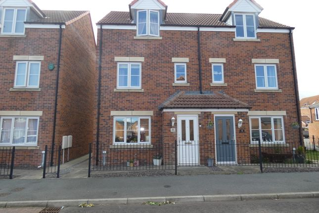 3 bed town house for sale in Roxburgh Close, Seaton Delaval, Tyne & Wear NE25
