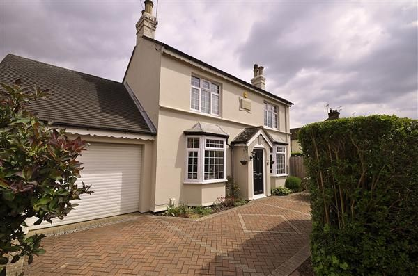 Thumbnail Detached house for sale in Osborne Road, Willesborough, Ashford