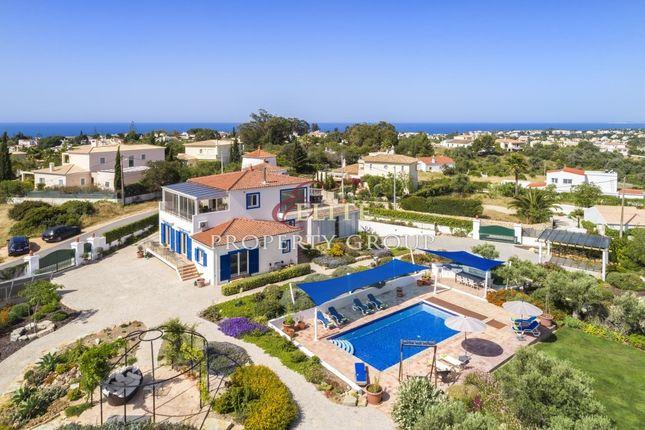 Villa for sale in Carvoeiro, Algarve, Portugal