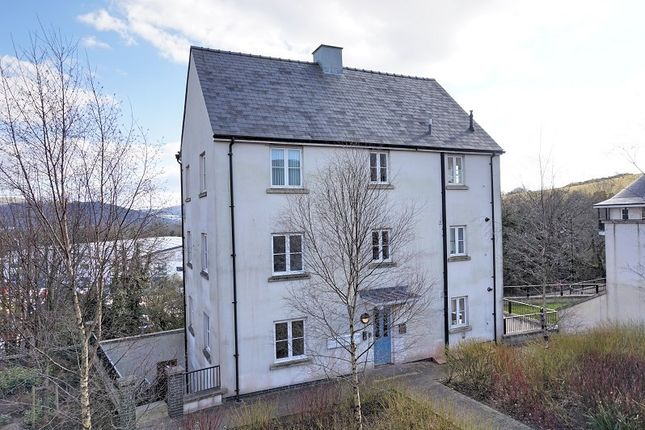 Thumbnail Flat for sale in Meadow Bank, Llandarcy, Neath, West Glamorgan.