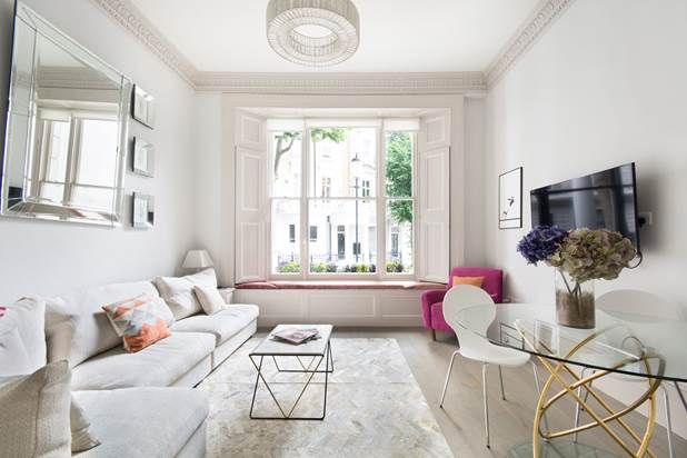 Flat for sale in Linden Gardens, London