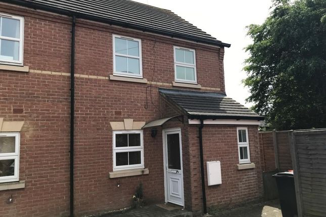 2 bed property to rent in Cater Street, Kempston, Bedford