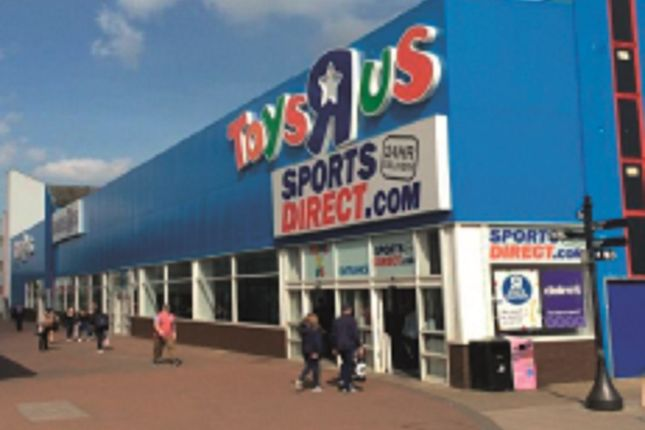 Thumbnail Retail premises for sale in Southernhay, Basildon