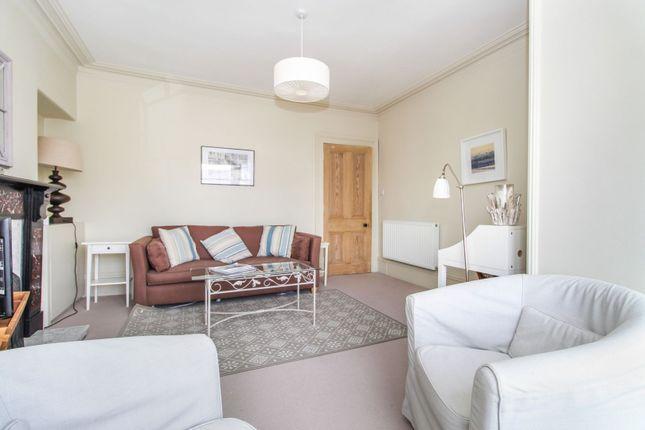 Lounge of St. Swithin Street, Aberdeen AB10