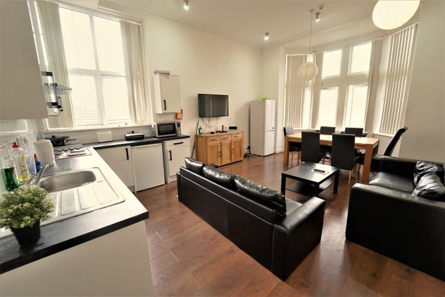 Thumbnail Flat to rent in Gordon House, Cranmer Street, City Centre