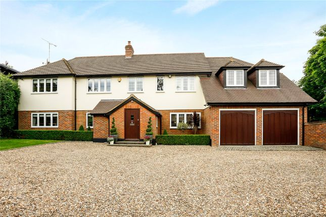Thumbnail Detached house for sale in Meadow Lane, Beaconsfield, Buckinghamshire