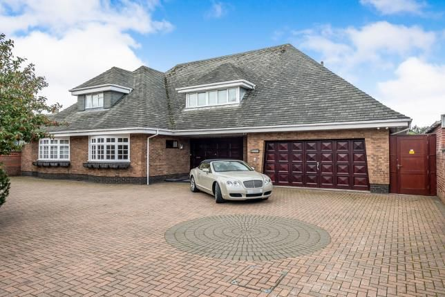 Thumbnail Detached house for sale in Selworthy Road, Southport, Merseyside