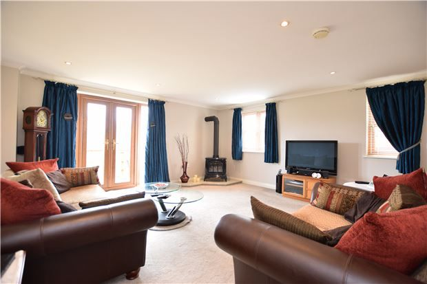 Thumbnail Maisonette for sale in Trescothick Close, Keynsham, Bristol
