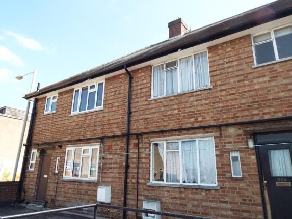 Thumbnail Maisonette for sale in High Street, Waltham Cross, Hertfordshire