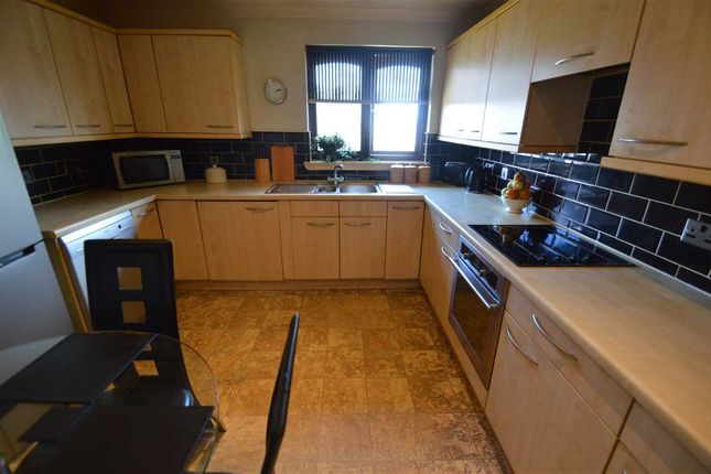 Kitchen / Diner of South Park Grove, Hamilton ML3