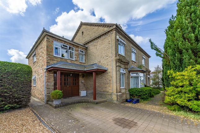 Thumbnail Detached house for sale in Ampthill Road, Shefford
