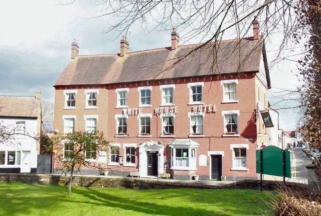 Pub/bar for sale in Church Row, Worcester