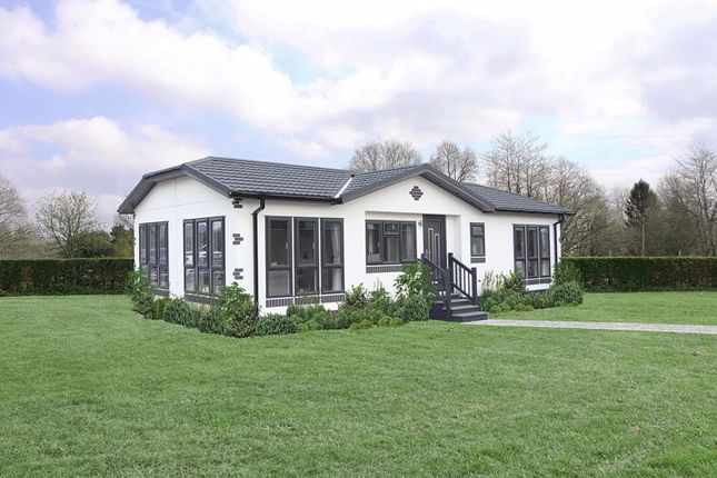 2 bed detached bungalow for sale in Dorchester Road, Lytchett Minster, Poole BH16