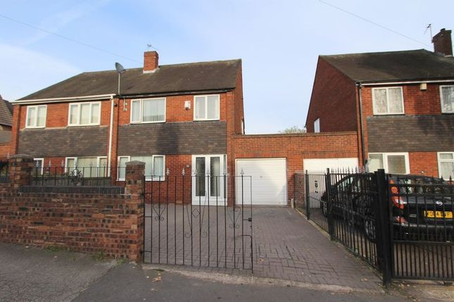 3 bed semi-detached house to rent in North Street, Walsall