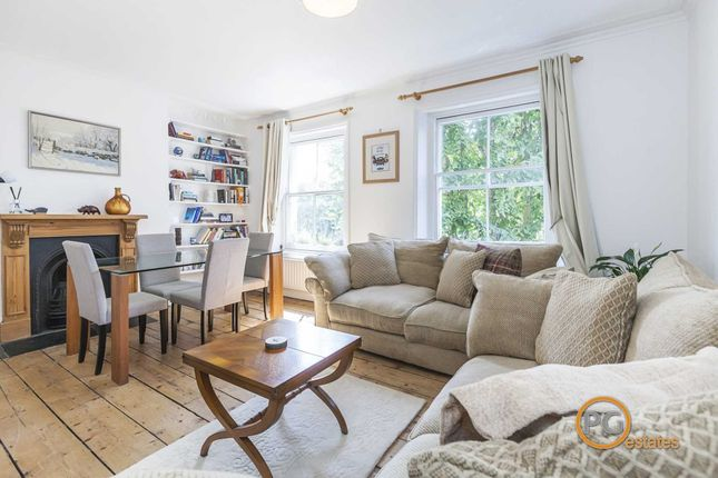 Maisonette to rent in Huntingdon Street, Barnsbury