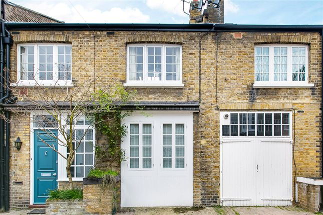 Mews house for sale in Wilby Mews, London