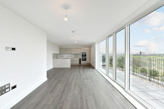 Thumbnail Flat to rent in Park View Mansions, Abercrombie Road