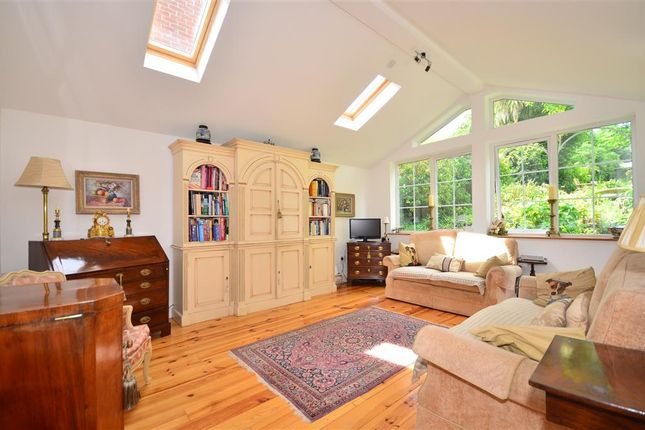 Thumbnail Town house for sale in Newport Road, Cowes, Isle Of Wight