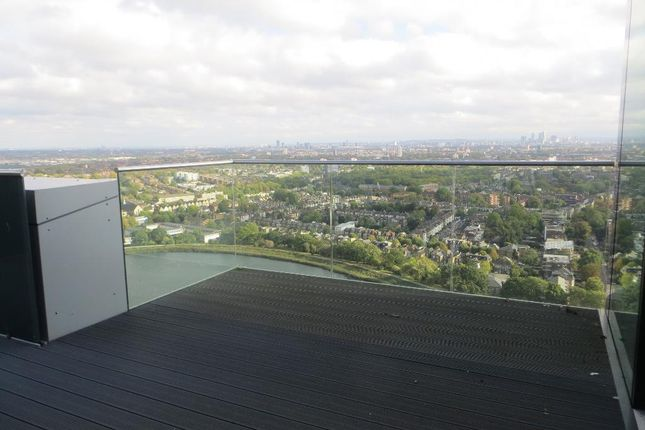Photo 12 of Skyline Tower, Woodberry Down Estate, Woodberry Park, London N4