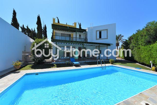 Villa for sale in Pervolia, Larnaca, Cyprus