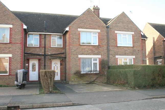 Thumbnail Detached house to rent in Hill Road, Littlehampton, West Sussex