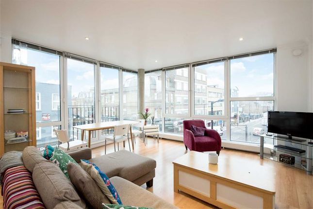 Thumbnail Flat for sale in Baron Street, London