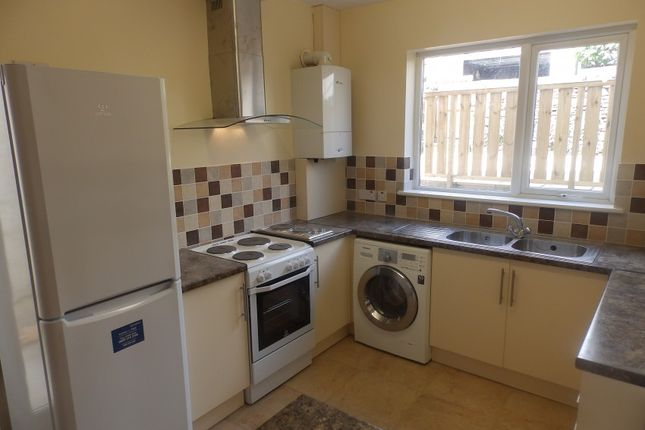 Thumbnail Shared accommodation to rent in Port Tennant Road, Swansea