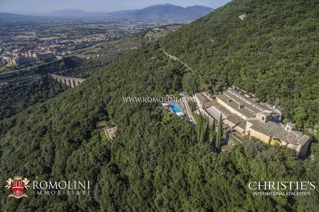Thumbnail Country house for sale in Spoleto, Umbria, Italy