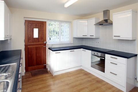 Thumbnail Flat to rent in Copperfields, Horrabridge