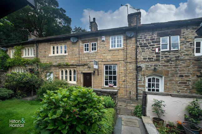 2 bed cottage to rent in Holt Square, Barrowford, Lancashire BB9