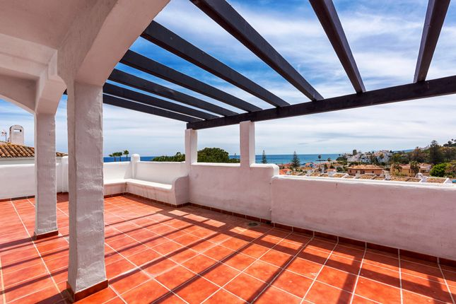3 bed apartment for sale in 50 Meters To The Beach, Estepona, Málaga, Andalusia, Spain